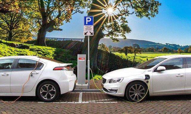 עמדת טעינה לרכבים חשמליים